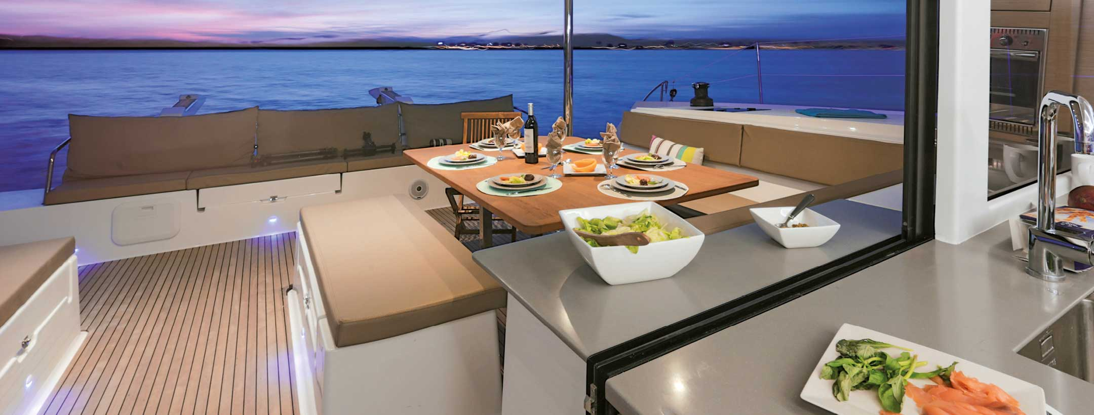 TradeWinds 52 Cruising Class Yacht dining room
