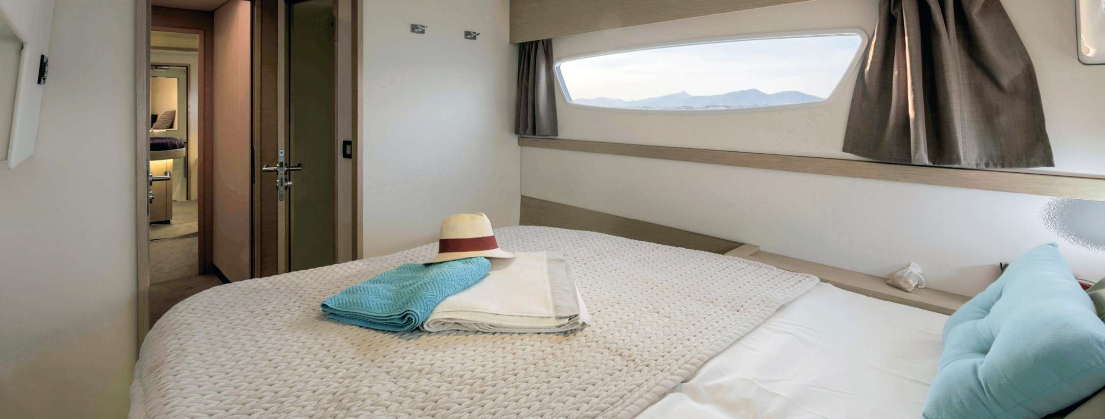 TradeWinds 52 Cruising Class Yacht cabin 2