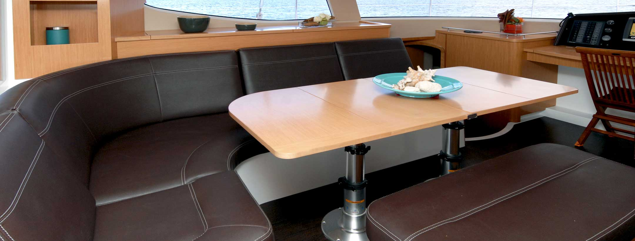 TradeWinds 50 Cruising Class Yacht indoor dining area