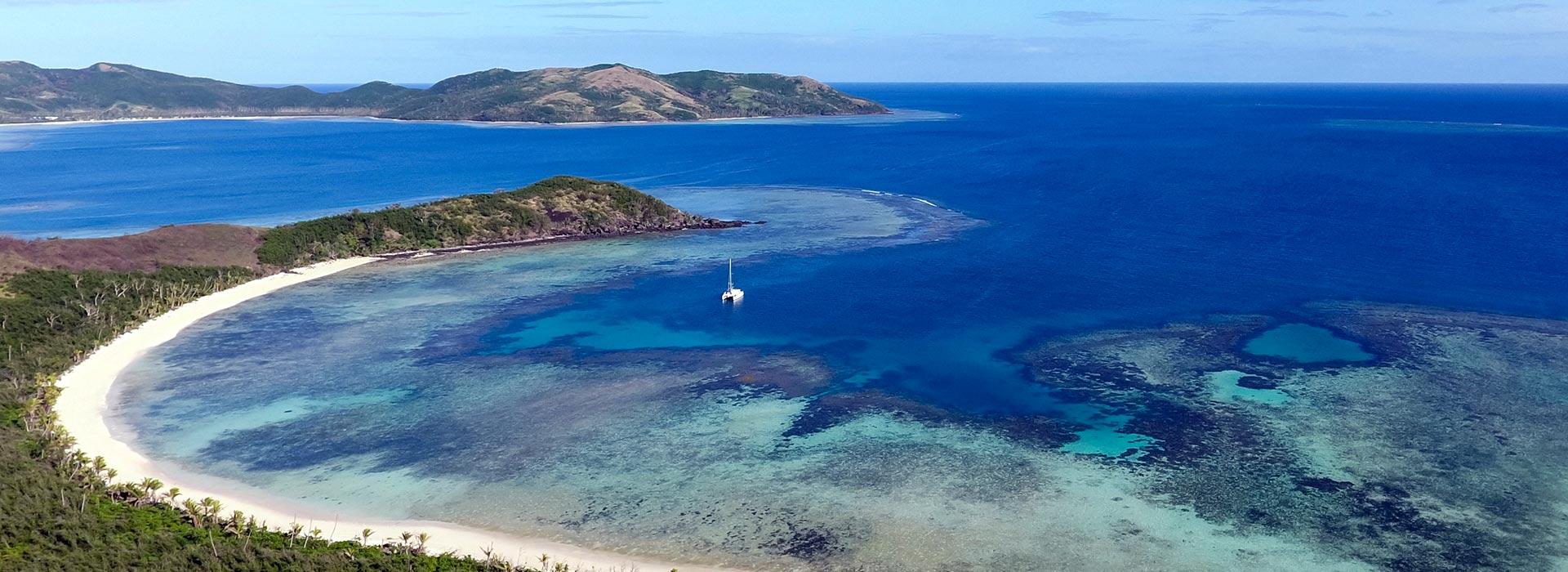 Sail around Fiji
